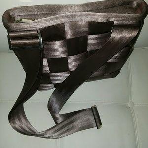 Bags - HARVEYS SEATBELT SHOULDER CROSSBODY MESSENGER BAG